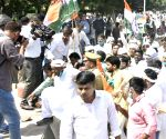 UP Cong, PSPL protest against farm laws