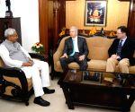 Kenneth I. Juster meets Nitish Kumar