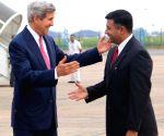 John Kerry arrives in New Delhi