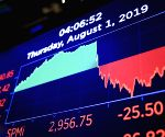 US stocks end mixed as Covid-19 uncertainty weighs