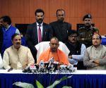 Yogi's press conference