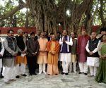 Adityanath chairs cabinet meet at Kumbh