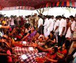 Tractor accident kills 9 in Telangana