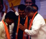 VBA leader Gopichand Padalkar joins BJP