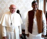 Satyarthi meets Pope seeking law against online child sexual abuse