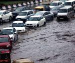 Rain lashes Delhi