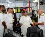 Venkaiah Naidu visits Eastern Naval Command