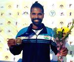 Free Photo: Vishnu Vardhan crosses first hurdle at AITA men's event