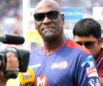 Didn't mind if I died while batting: Richards on not using helmets