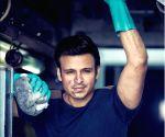 Free Photo: Vivek Oberoi recalls living in a slum to prepare for 'Company' role