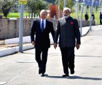 Modi, Putin hold 'excellent' talks, strengthen bilateral ties