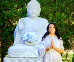 Vocalist Ila Paliwal launches symphonies dedicated to Earth