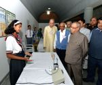 President Mukherjee visits Bajaj Science Centre