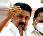Wary Of Cong leaders jumping fence, DMK reduces its seats