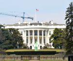 U.S.-WASHINGTON D.C.-WHITE HOUSE FOUNTAIN-ST. PATRICK'S DAY