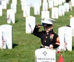 US-ARLINGTON NATIONAL CEMETERY-MEMORIAL DAY