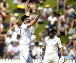 Wellington Test: Ishant grabs five but NZ take lead to 183