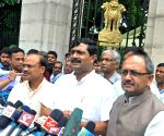 BJP delegation calls on WB Governor