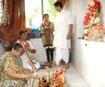 Rahul Sinha offers 'puja' ahead of 2014 Lok Sabha Elections