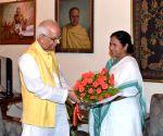 Mamata Banerjee calls on WB Governor