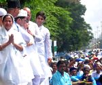 Mamata Banerjee greets muslims