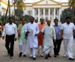 Congress leaders meet Governor Tripathi