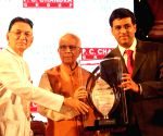 West Bengal Governor felicitates Viswanathan Anand