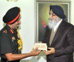 Western Army commander Surinder Singh meets Punjab CM
