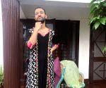 When Raghav Juyal wore his mother's suit during lockdown