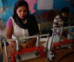 Hapur (Uttar Pradesh): Pad-manufacturing factory in Kathikhera