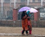 Light snow in Kashmir, weather to improve