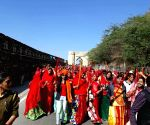 Free Photos: Women take out 'chetavani' march in Rajasthan's Chittorgarh.