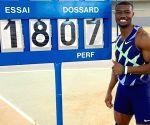 Free Photo: Burkina Faso's Zango breaks world indoor triple jump record