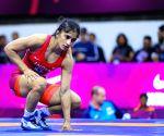 Olympics: Wrestler Vinesh Phogat loses in quarterfinals (Ld)