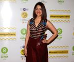 Yami Gautam urges everyone to 'go natural'