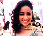 Yami Gautam enjoys Himachal bliss at Bhoot Police outdoors