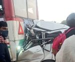 4 killed in Yamuna E-way accident in G.Noida