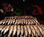MYANMAR YANGON FISH MARKET