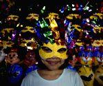 MYANMAR YANGON THADINGYUT FESTIVAL CELEBRATION