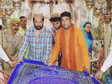 Fatehpur Sikri: Shekhar Suman offers 'chadar' at  Salim Chishti's dargah