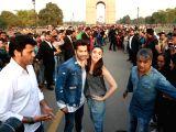 Alia, Varun promote their film at India Gate