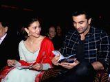 Ranbir,Alia during a musical night event with Shankar Mahadevan