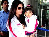 Aishwarya at Jaipur Airport