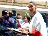 Neha Dhupia felicitates students of Podar International School