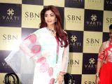 Shilpa Shetty inaugurates jewellery showroom of Varti Jewells