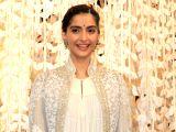 : (240816) Mumbai: Opening of Women Entrepreneur Exhibition