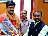 Ravi Kishan at Bihar secretariat