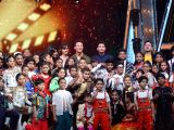 Director Siddharth Anand and choreographer Marzi Pestonji with actors Disha Patani, Tiger Shroff and Chitrangada Singh on the sets of DID Little Master in Mumbai on March 18, 2018.