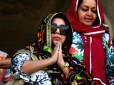 Farah Khan pays obeisance at Golden Temple