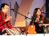 Lucknow: Lucknow Mahotsav -  Bhupinder and Mitali